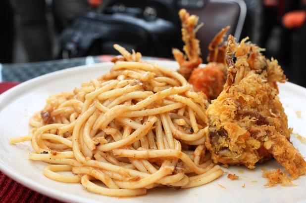 Chilli Crab Pizza - And It Goes Oh Là Là