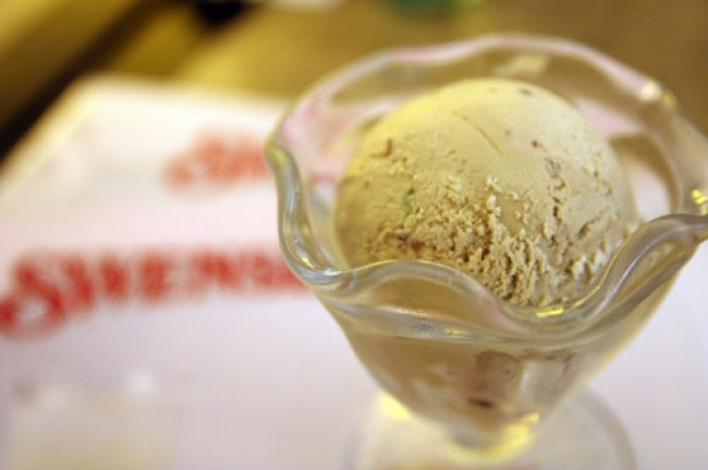 So Hot! Time to have some Swensen's Chendol Ice Cream