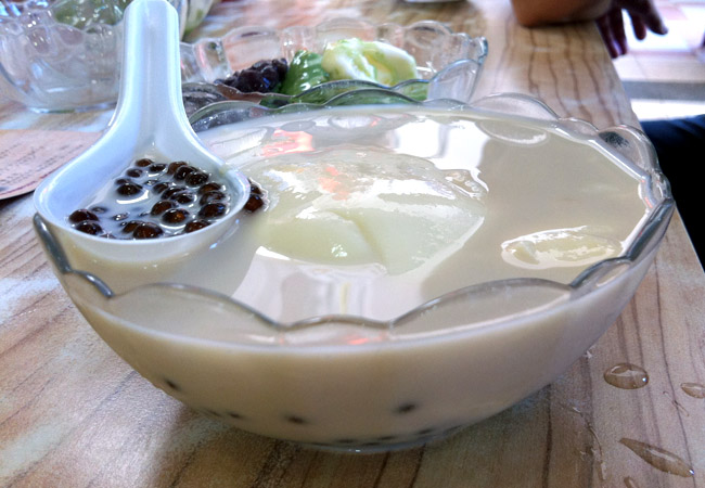 Anping Bean Jelly - Tainan's Super Smooth Tau Hway