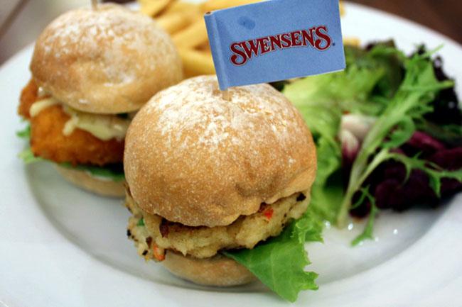 Swensen's – It's the Mini Burger Bonanza