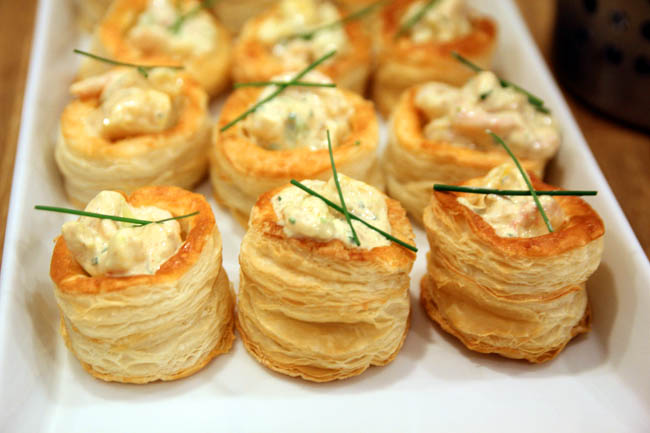 Ikea swedcook class cold shrimp with mayo in vol au vent for Buy canape shells