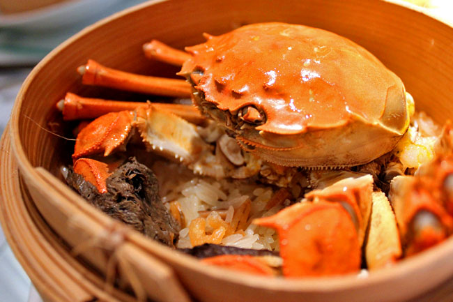 Min Jiang – The Hairy Crabs Season Is Finally Back