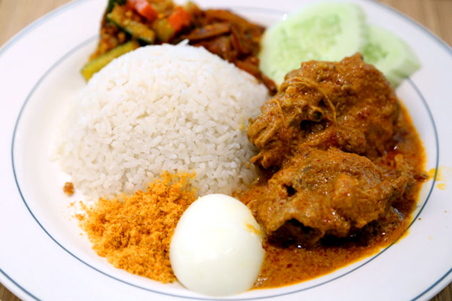 Madam Kwan's - Recommended Best Nasi Lemak in Malaysia