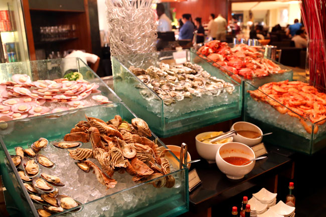Caf 2000 international seafood barbeque buffet for Cuisine 2000