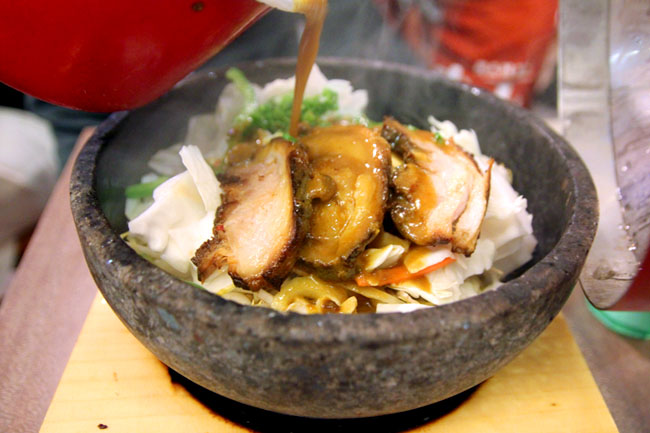 Tonkotsu Kazan Ramen - The Volcano Ramen Opens at Liang Court