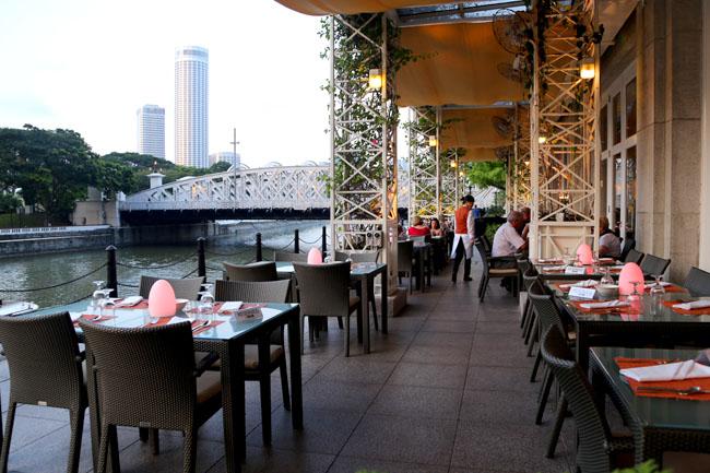 Town Restaurant At Fullerton Hotel A Taste Of Eurasian Heritage