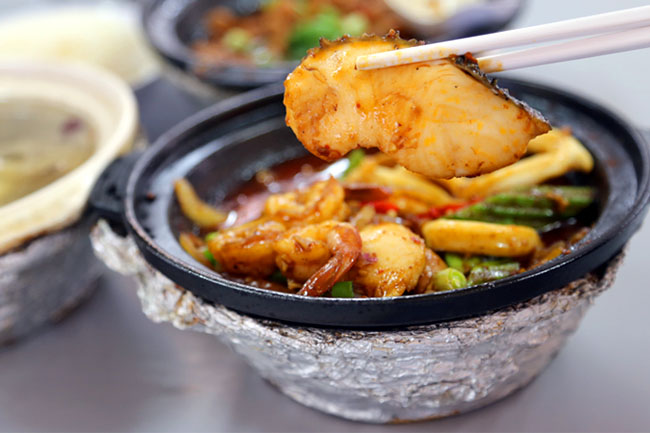 Lau Wang Claypot Delights - Homely Claypot Food at Serangoon Central