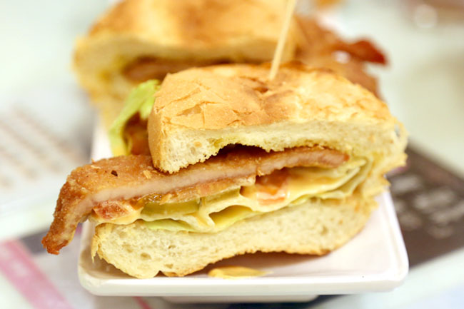 Tsui Wah Restaurant 翠華餐廳 - 5 Must Try Dishes at This Hong Kong Cafe