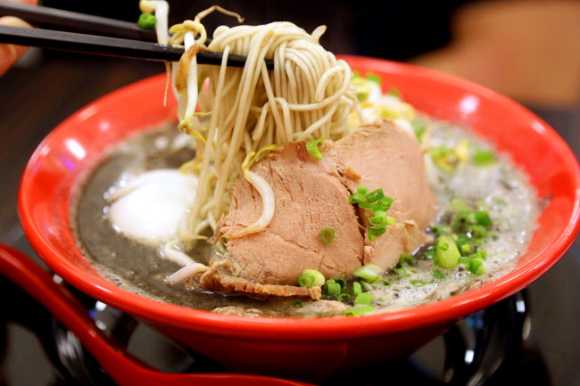 Ikkousha 博多一幸舎 - Ramen Champion Opens Its Own At Tanjong Pagar