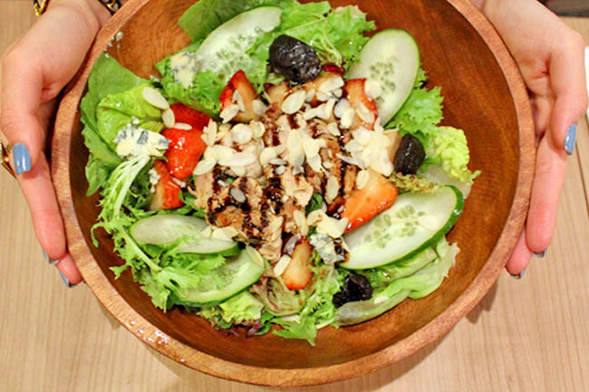 10 Best Salad Shops in Singapore – Time To Go Green!