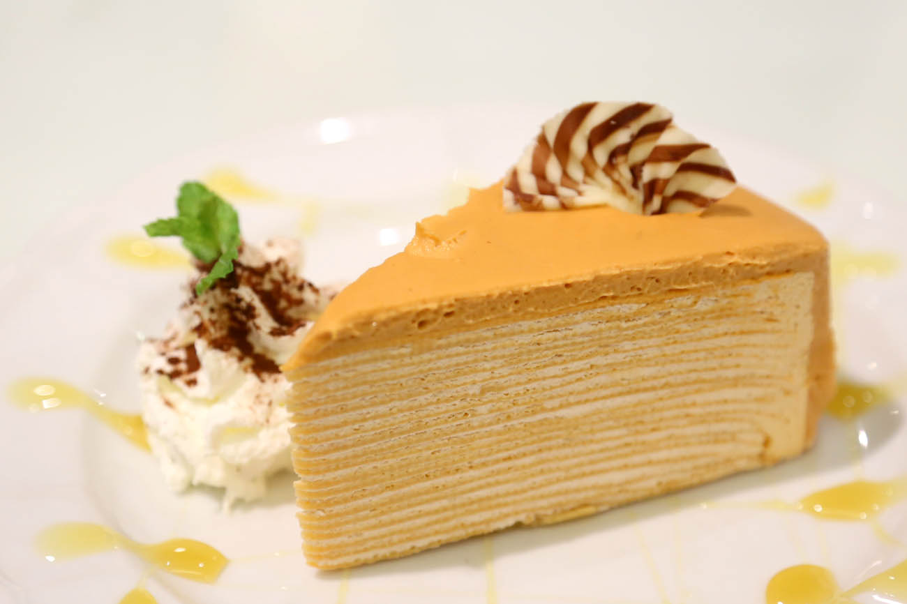 The Ninth Café Bangkok - Modern Thai Food & Crepe Cakes