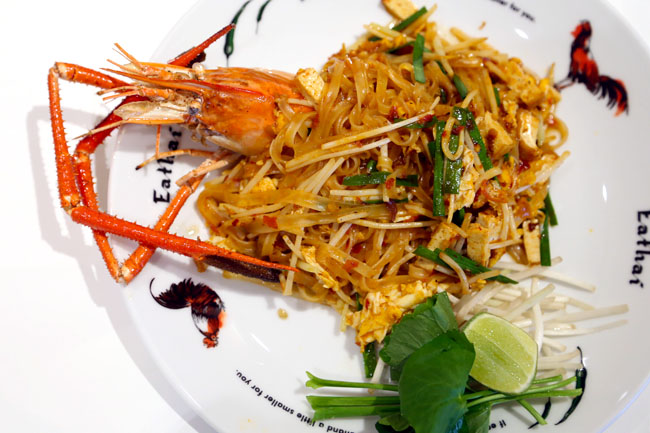 Central Embassy Eathai - Bangkok's Upmarket Foodcourt Gathers The Best Of Thai Cuisines