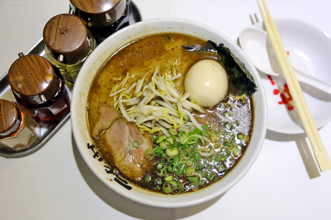 Nantsuttei - Popular Ramen Shop Reopens, And They Used To Be Better