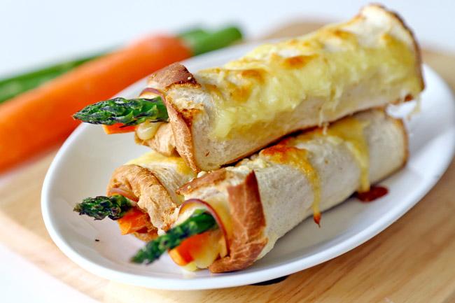 Recipe - Perfect Italiano Ham & Asparagus Cheese Rolls