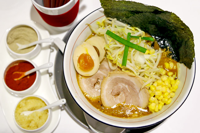 Takumen – 6 Different Japanese Ramen In a Single Shop