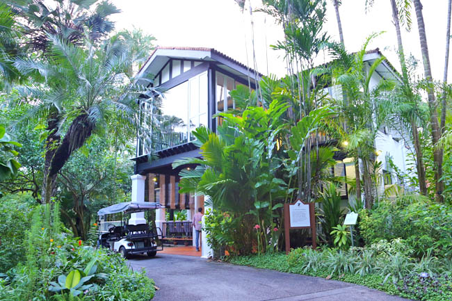 Corner house botanic gardens sparkling or still au jardin for Au jardin singapore