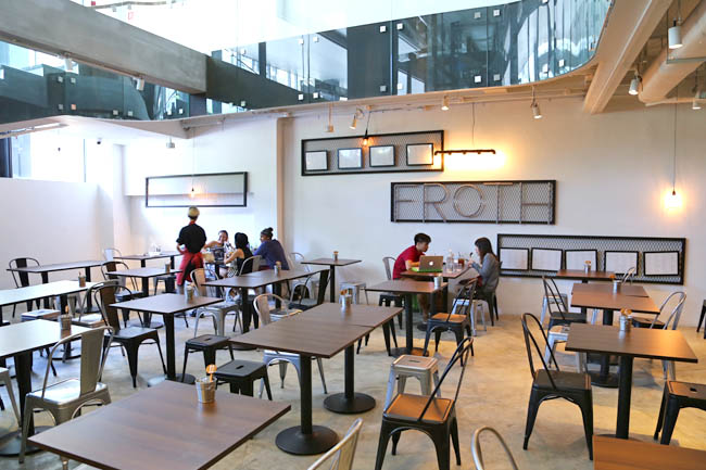 how to start a cafe in singapore