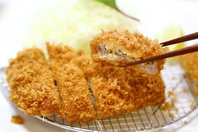 Maisen Tonkatsu とんかつ まい泉 - One Of The Best Japanese Tonkatsu In Tokyo. At Omotesando