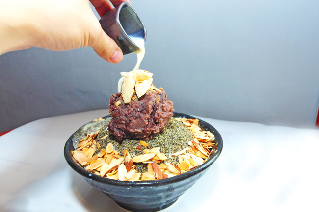 Nunsongyee 눈송이 – Korean Owned Bingsu Café at Lorong Chuan