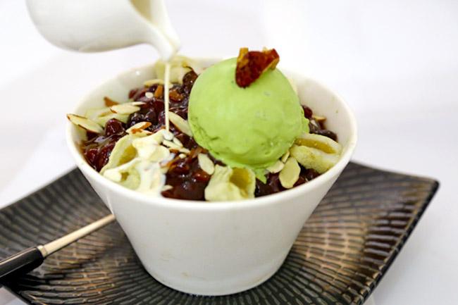 Café Insadong – Korean Bingsu & Toast Near Chinatown
