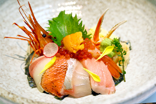 Ginzawa – Japanese Restaurant at Palais Renaissance Impresses With Chirashi Don and Kaiseki-Inspired Dishes