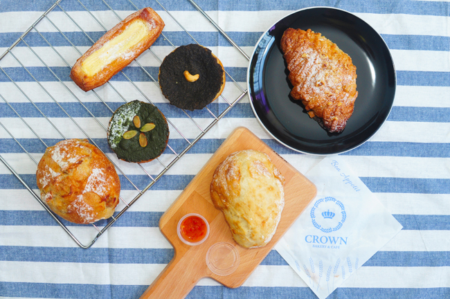 Crown Bakery & Cafe  – Breakfast Fit For A King at Crown Centre