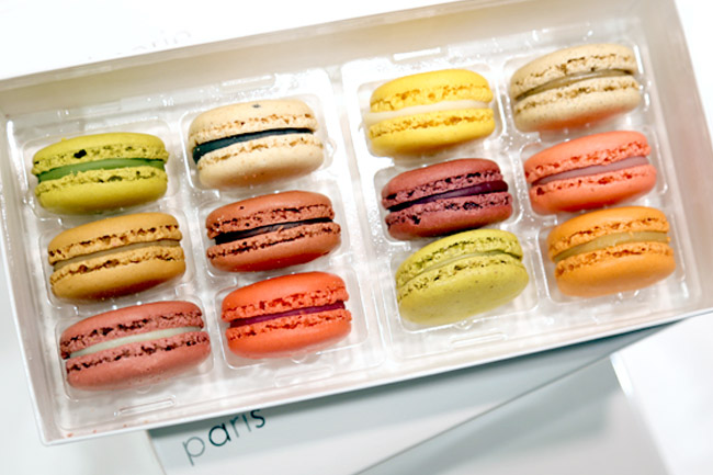 Patisserie Sadaharu AOKI paris - Those Famous Macarons From Japan