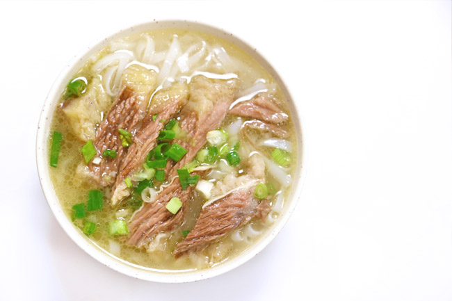 Kau Kee 九記牛腩 - The Hong Kong Beef Brisket Noodles Institution