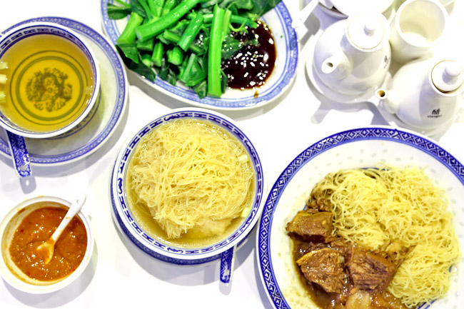 Mak's Noodle Singapore – Not As Good As Hong Kong's