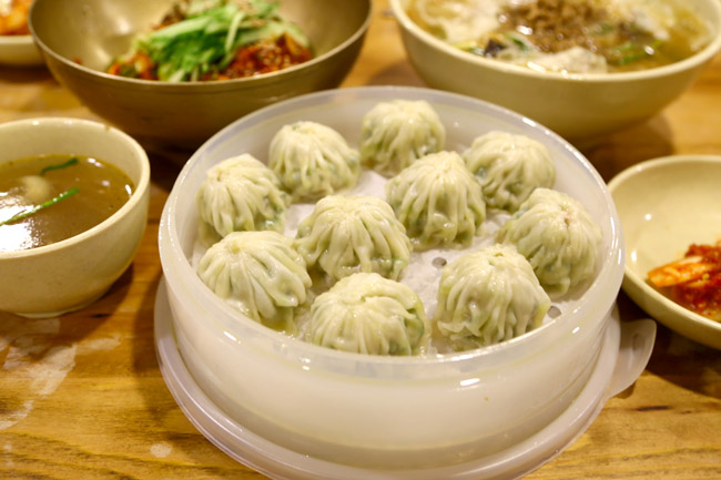 Myeongdong Kyoja 명동교자 - Kalguksu Noodles & Dumplings Shop. Spicy Noodles Was Superb