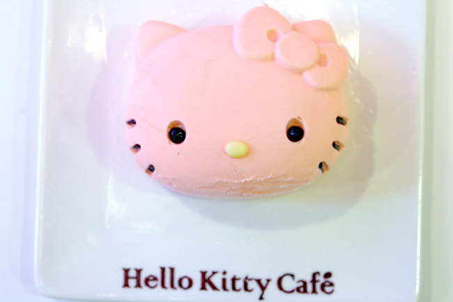 Hello Kitty Cafe Seoul - The Very Pinky Kitty Cafe At Myeongdong