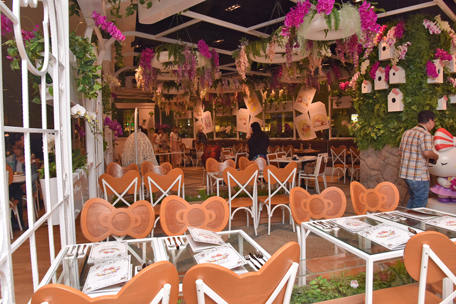 63ff4ed5b Hello Kitty Orchid Garden Arrival Hall Central #01-22 Terminal 3 Singapore  Changi Airport Opening Hours: 24 hours daily