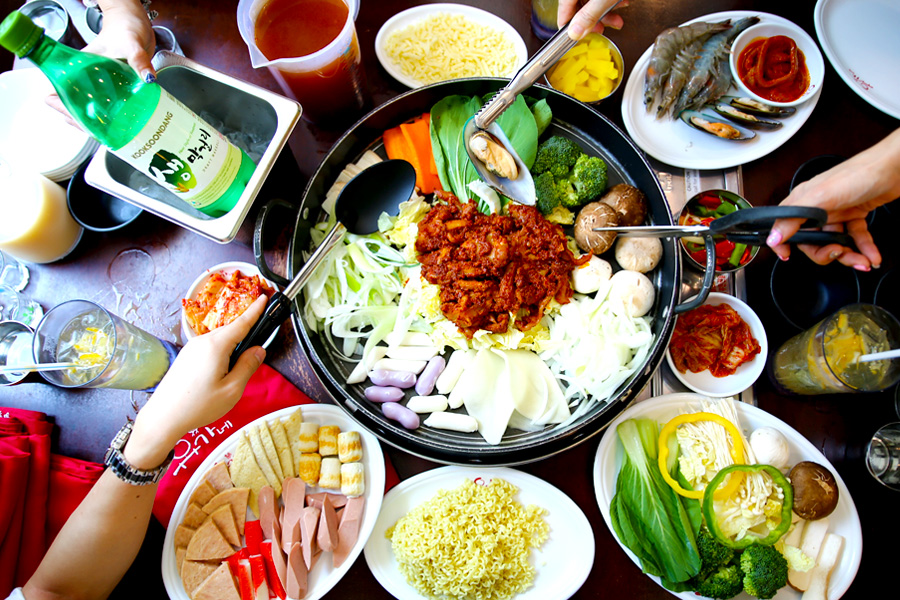 Yoogane Singapore – 8 To Try Korean Dishes At Westgate & Bugis To Satisfy Your Korean Food Cravings