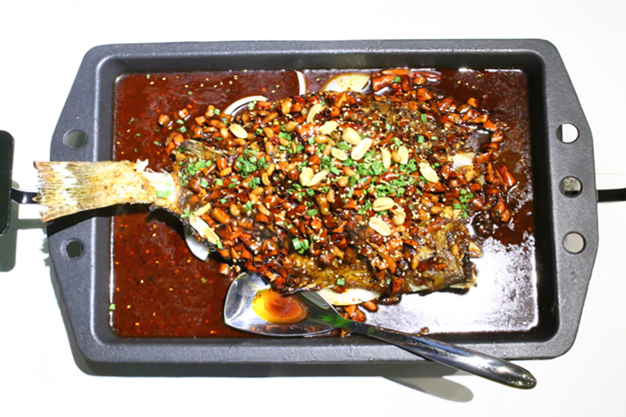 Riverside Grilled Fish 江边城外 - Whole Fish In Spicy Chong Qing Sauces At Raffles City