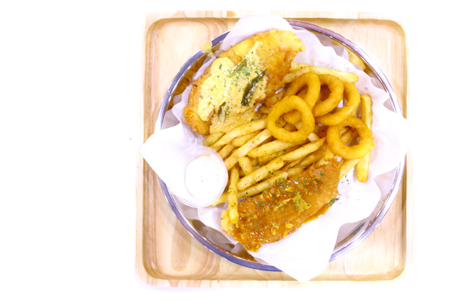 Fish & Chicks - Salted Egg Yolk Fish & Chips Stall Opens At Orchard Cineleisure