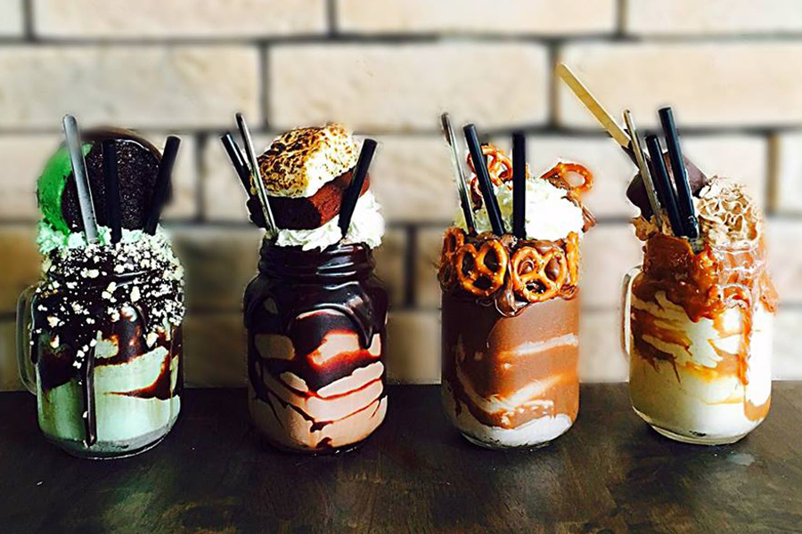 Patissez Singapore – Freakshakes Now At Holland Village. Freak... It's Not That Fantastic.