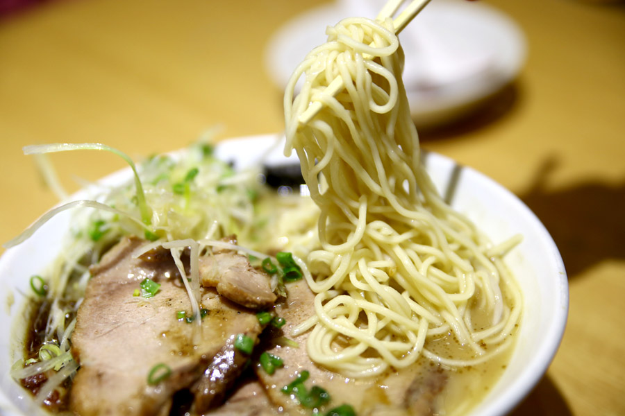 noodle salad rich and creamy tonkotsu ramen broth tonkotru ramen broth ...