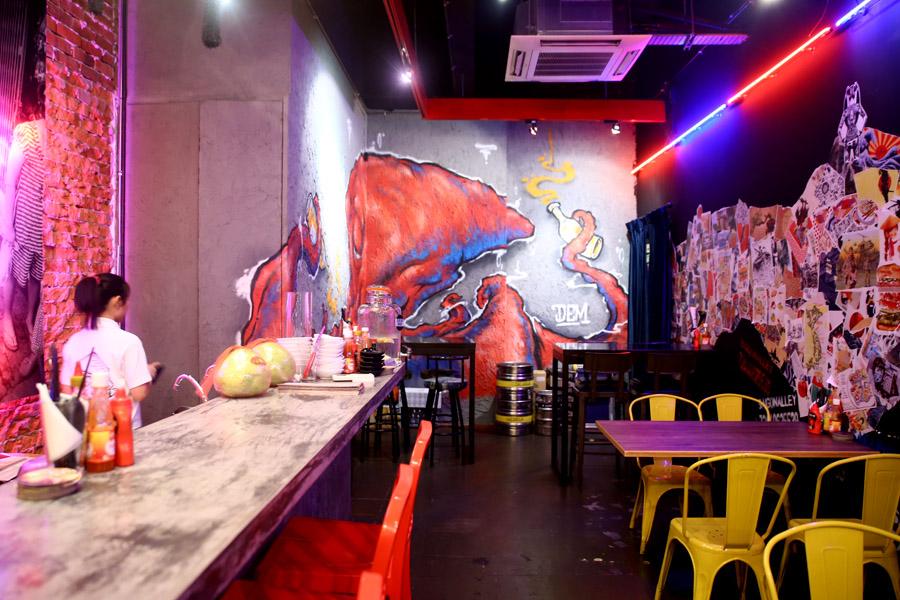 Vietnamese Street Food Graffiti