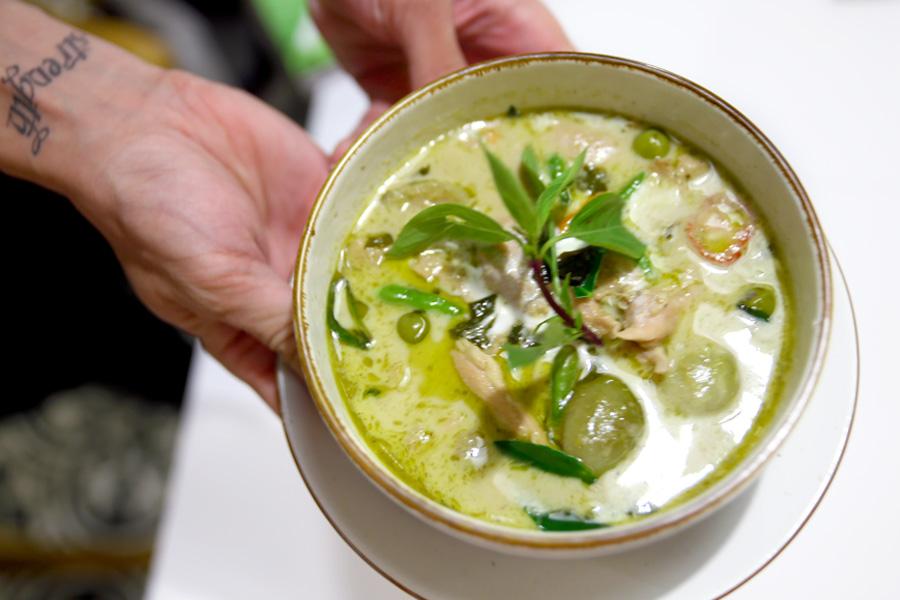 Basil Thai Kitchen – Thai Restaurant At Paragon With Pretty Garden Setting