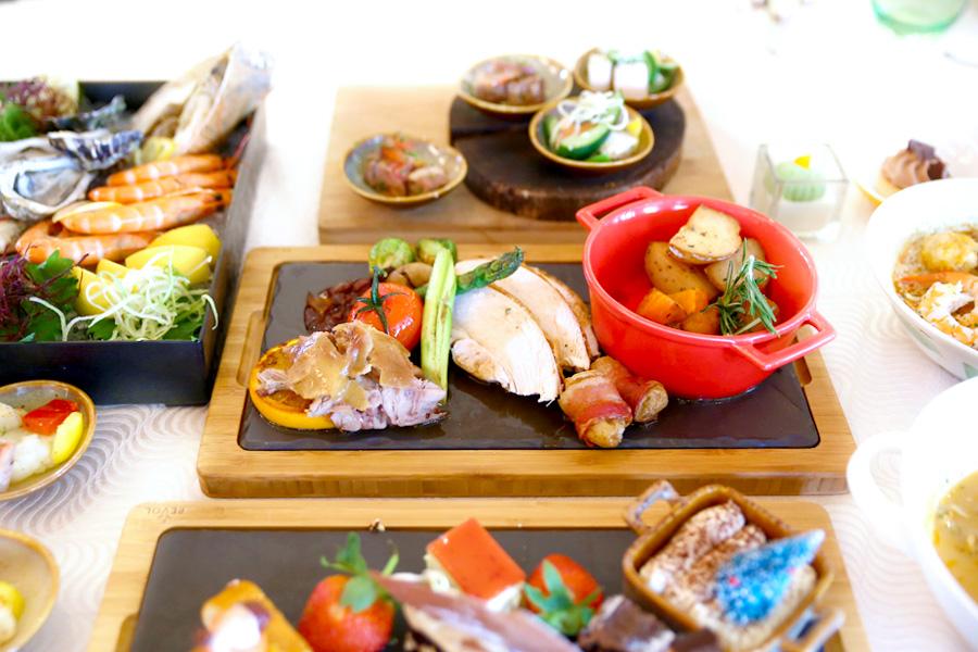 Conrad Centennial Singapore – Oscar's Christmas Buffet Feast