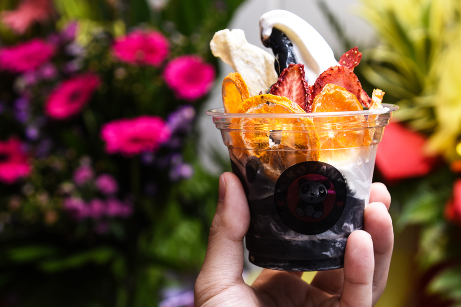 KokoPanda – Korean Black & White Superfood Softserve At Plaza Singapura