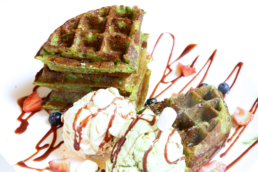 Kosnica SG – Waffles and Gelato Café At Duxton, With Matcha And Red Velvet Waffles
