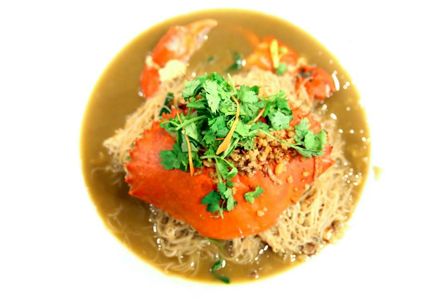 Long Ji Zi Char - Crab Bee Hoon With So Much Sauce, Full Of Wok Hei