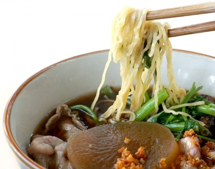 Easy Chatuchak Beef Noodles - $6 Authentic Thai Beef Noodles Found Near Macpherson