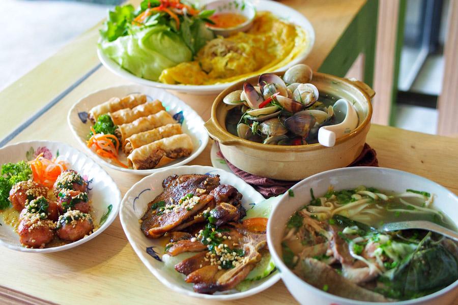 Mrs pho house popular pho shop opens restaurant serving for Authentic vietnamese cuisine