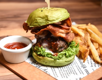 I AM... - Popular Halal Cafe Opens At Our Tampines Hub. Oh, Matcha Burger