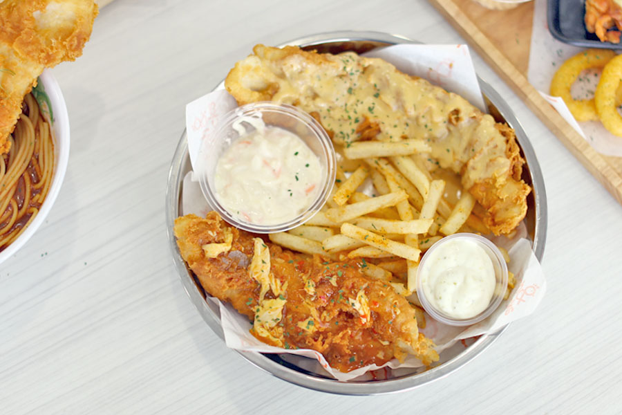 Fish & Chicks - Salted Egg Yolk Fish & Chips Stall At Orchard Cineleisure