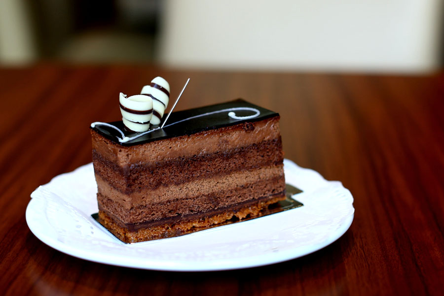 Takashimaya chocolate cake