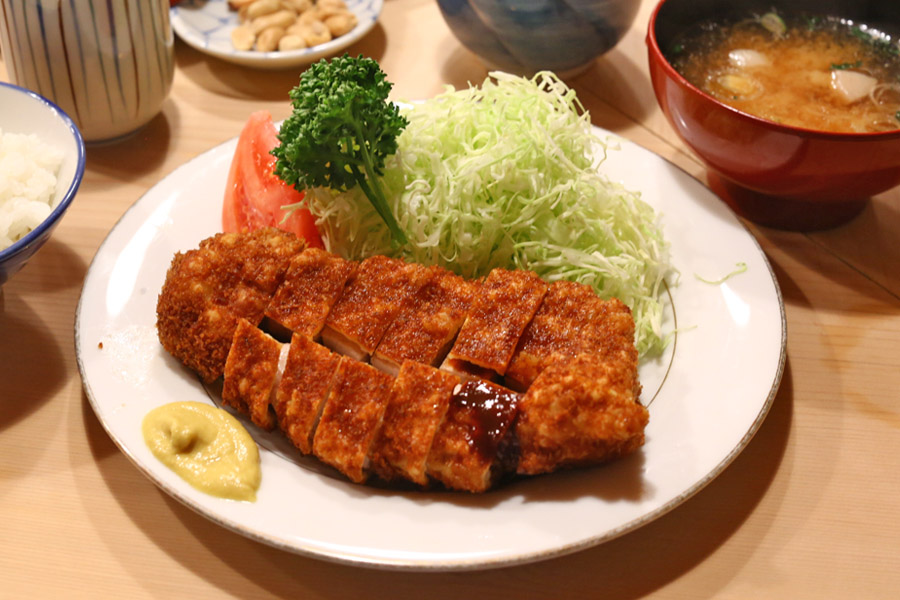 Tonkatsu Tonki – Famous Japanese Pork Cutlet Institution With An Open Kitchen Concept, At Meguro River