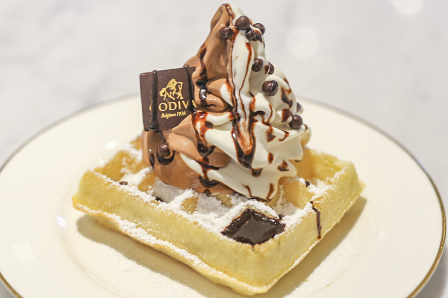Godiva Chocolatier Café Singapore - Serving Belgium Waffle with Soft Serve At ION Orchard